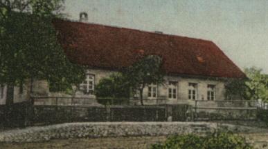 Schule und Gemeindehaus vor 1929