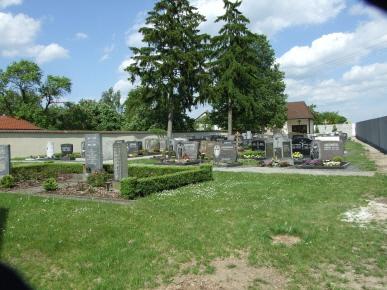 Tütschengereuther Friedhof 2010